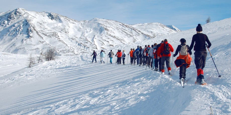 Culinary tour on snowshoes