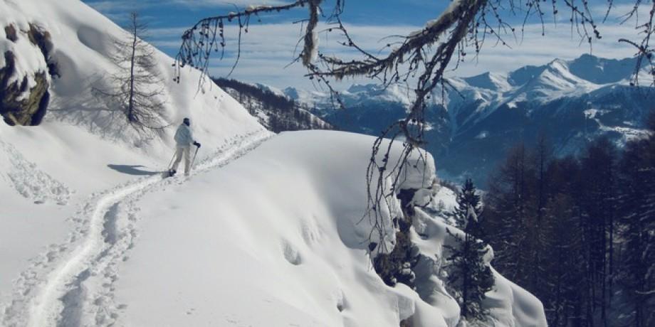 Winterzauber auf der Panoramaterrasse der Moosalp Region