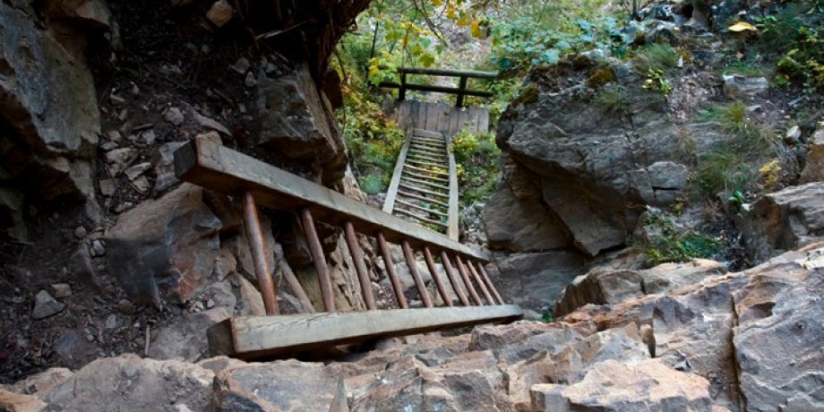 De Loèche-les-Bains à Albinen par les échelles