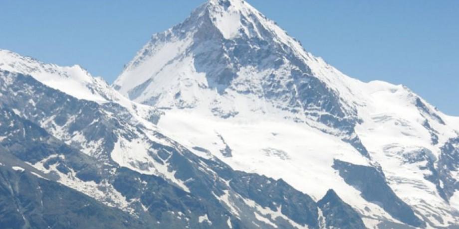 Tour du Val d'Hérens: Cabane des Becs de Bossons bis Nax