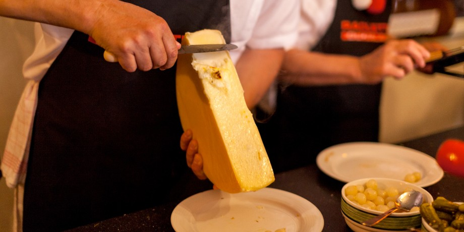 Around raclette