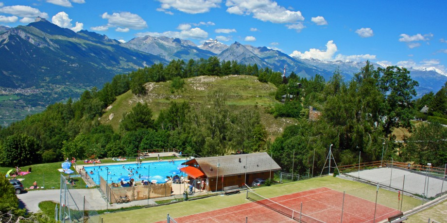 Outdoor swimming pool Nendaz