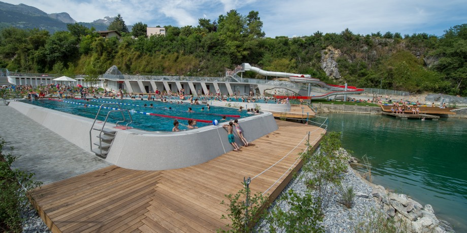 Frei hallenb der wallis schweiz for Piscine zinal