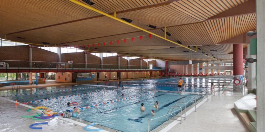 "Olympic-sized covered swimming pool ""L'Ancien Stand"""