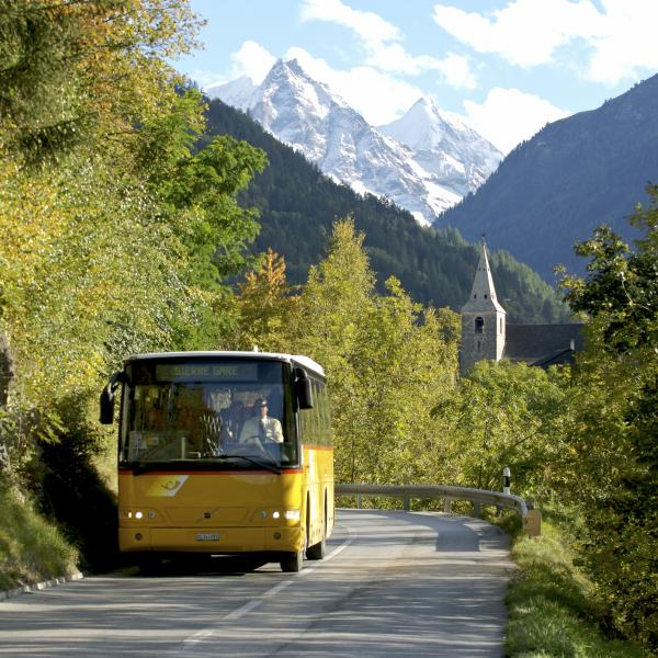 Postauto Wallis