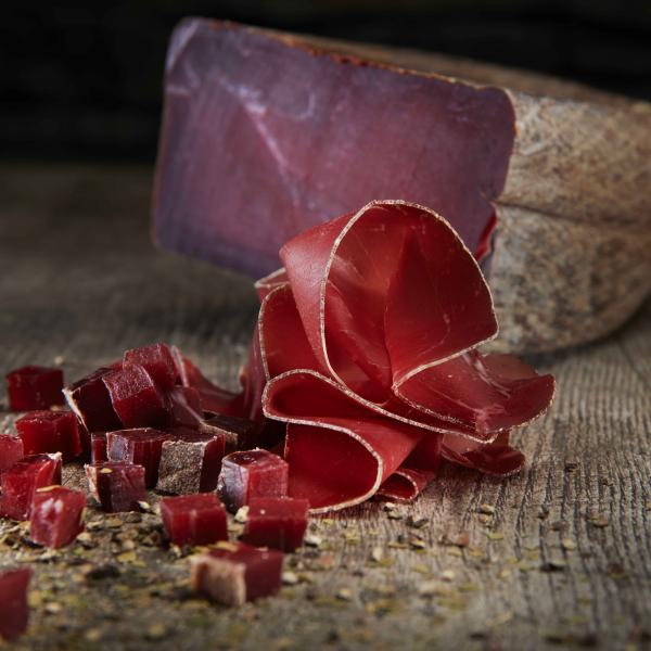 Slices of Valais dried meat with peppercorns, Valais Wallis, Schweiz Suisse