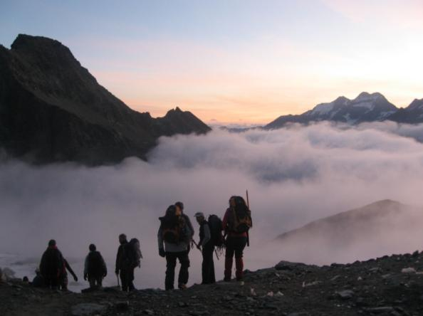 Whether it's a day of relaxation or discovery, an incentive trip, a team-building exercise or a seminar, Swiss- Discovery will put together a customized program for you, Valais