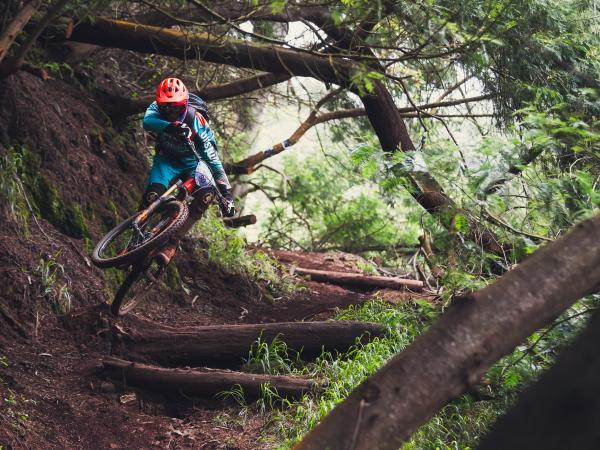Ludo May, Enduro-Mountainbike-Profi, Wallis
