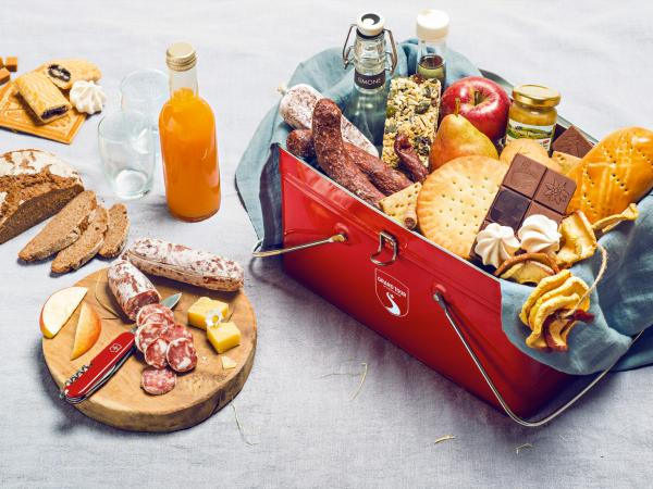 Grand Tour Snack Box, Grand Tour of Switzerland, Touring