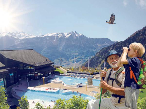 Hinking and thermal bath in Ovronnaz, Valais