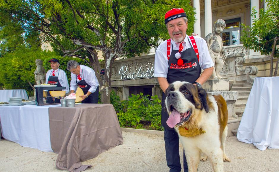 Raclette and Saint Bernard dog at Giro del Gusto, Expo Milano 2015, Valais
