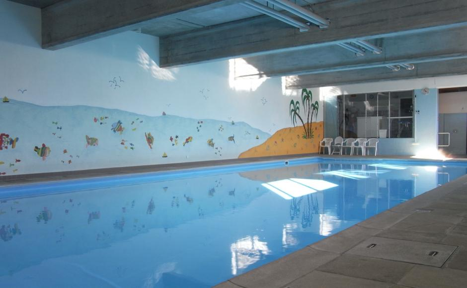 indoor gym pool. The Indoor Pool Is Open On: Wednesdays, Saturdays And Sundays From 14:00 To 19:00. During Valais School Holidays On Public Gym