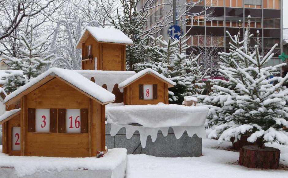 Wo Ist Weihnachtsmarkt Heute.Weihnachtsmarkt In Sion Sitten Wallis Schweiz